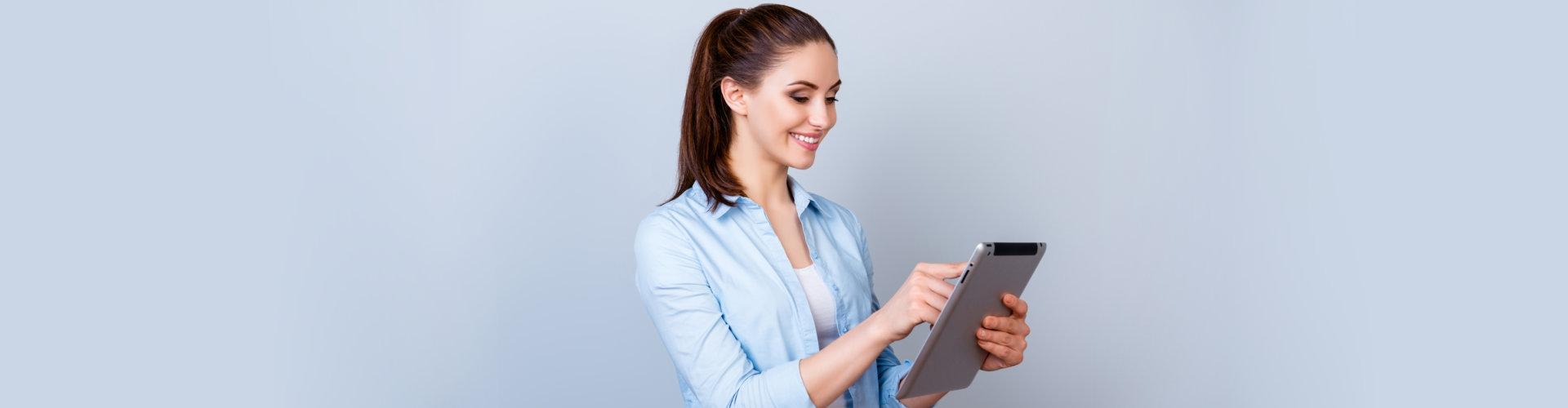 lady using tab